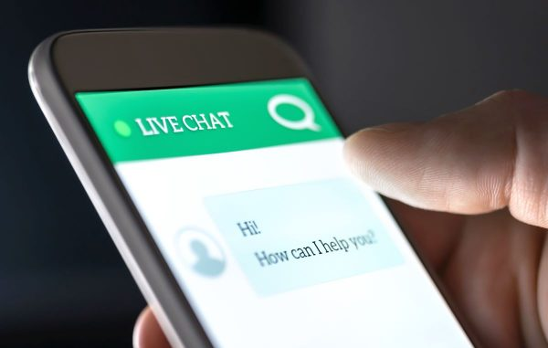 phone screen showing live chat